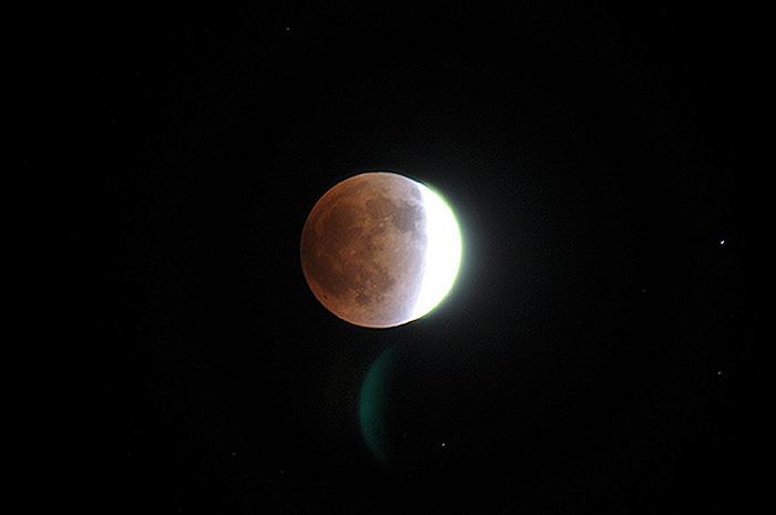 moon-1210-0.jpg