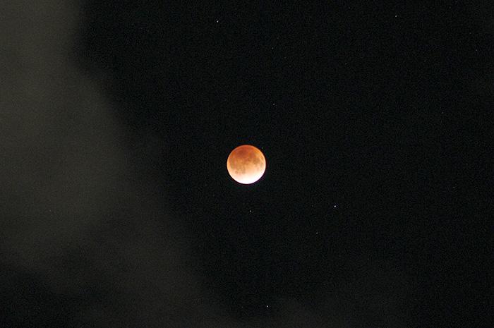 moon-1210-1.jpg