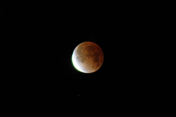 moon-1210-3.jpg