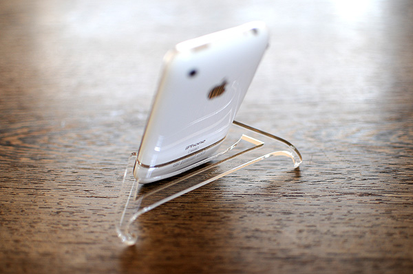 iPhone_stand01.jpg